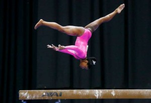 simone-on-beam